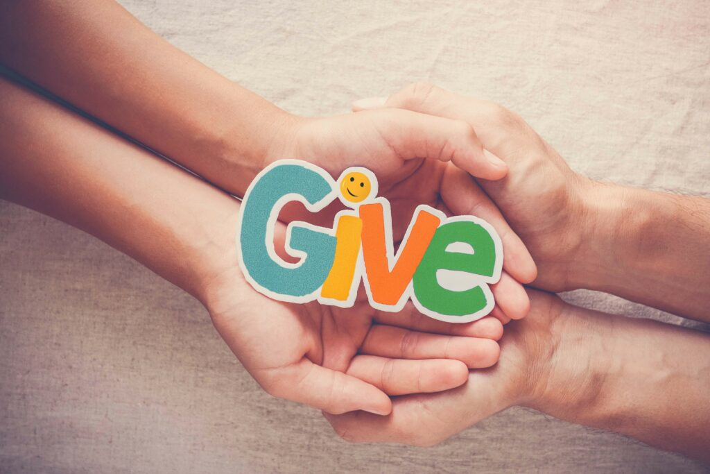 Fundraising_Give